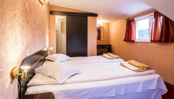 Фамилна стая за нощувка, хотел Маркита Велинград